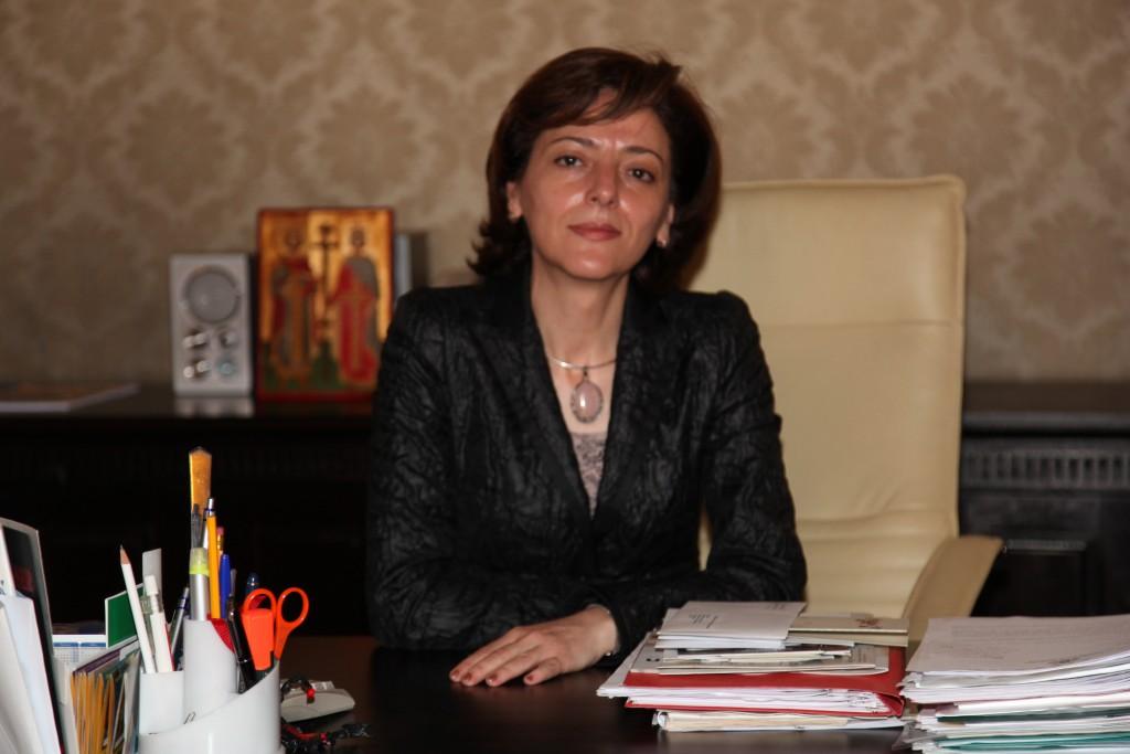 Елена Шекерлетова, извънреден и пълномощен посланик на Р България в Р Австрия